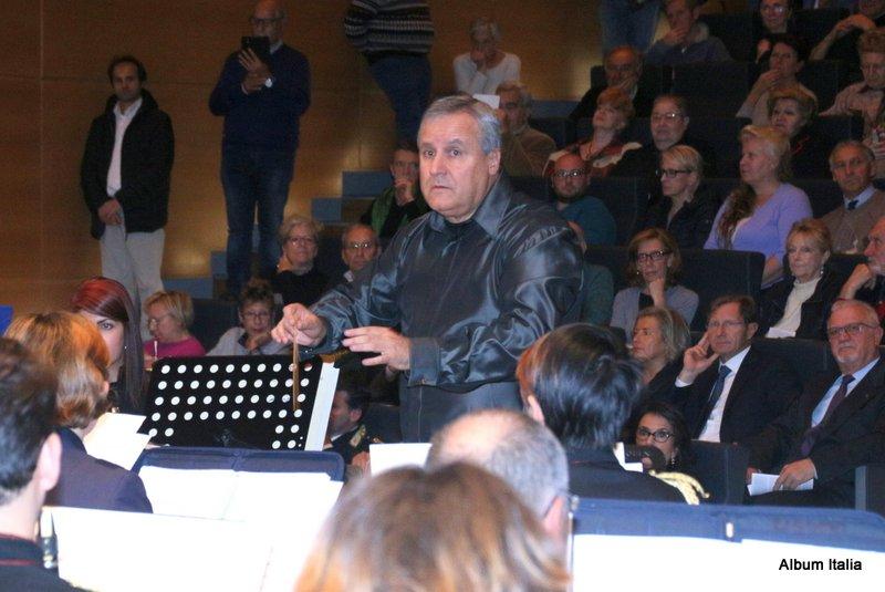 Direttore Maestro Fulvio Creux